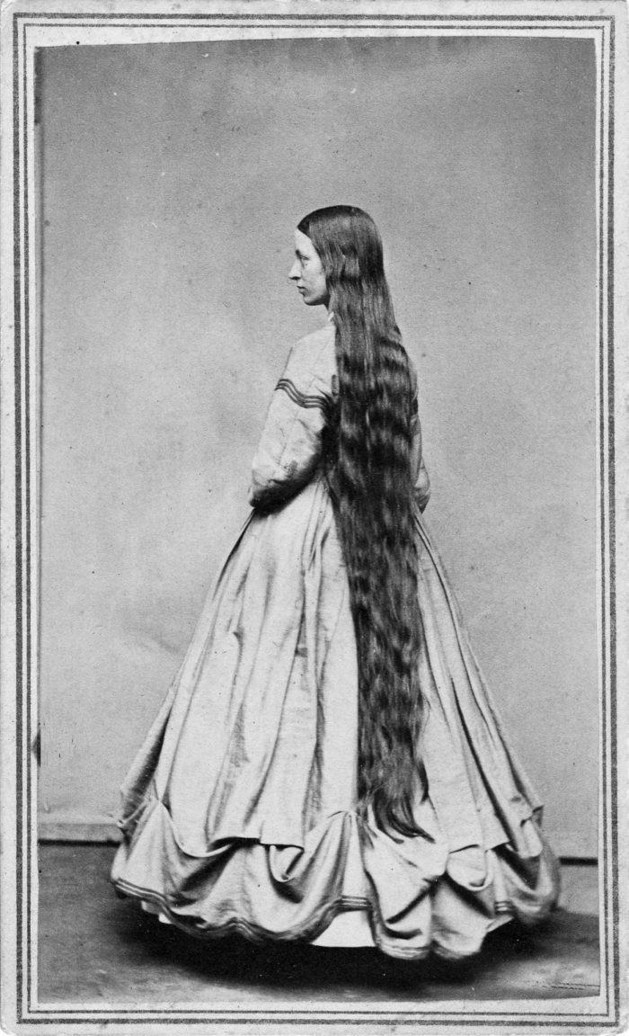 Longhair Victorian woman (2)